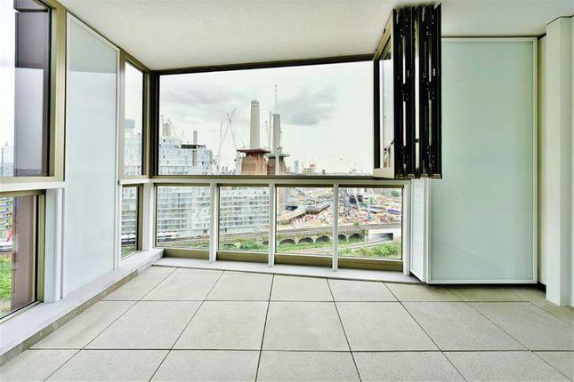 2 bed flat to rent in Cascade Court, Vista, Chelsea Bridge, London