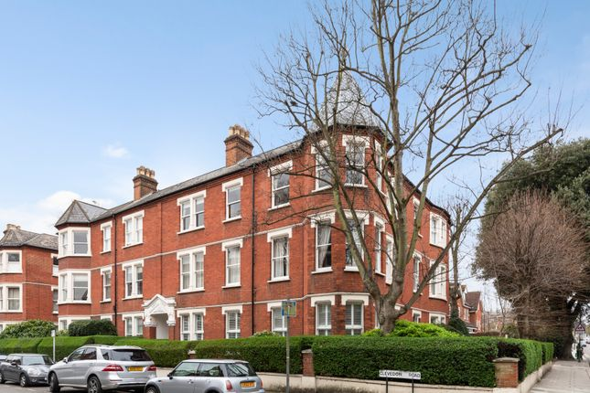 Thumbnail Flat for sale in Clevedon Road, Twickenham