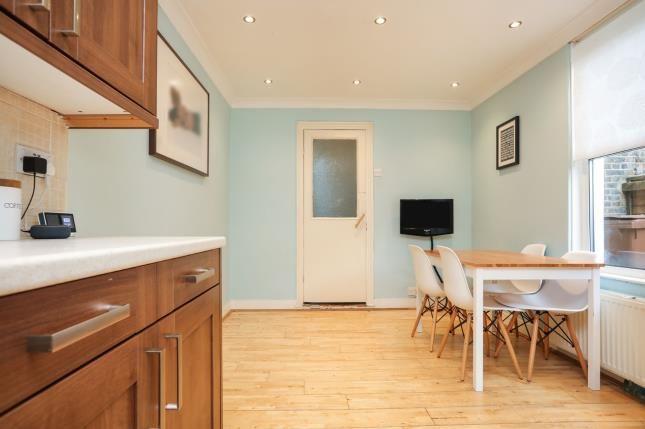 Kitchen Diff of Murchison Road, London E10