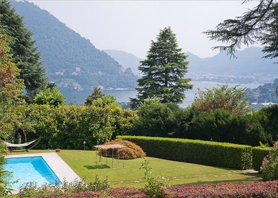 Thumbnail Property for sale in 22012 Cernobbio Co, Italy