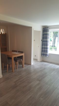 Thumbnail Flat to rent in Scotthall Road, Leeds