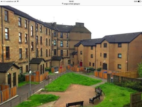 Thumbnail Flat to rent in Angus Street, Glasgow