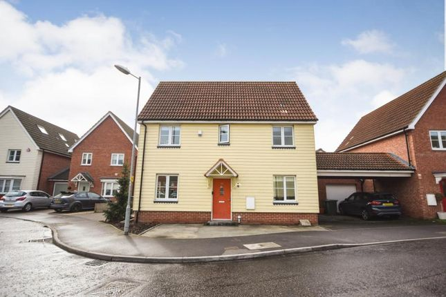 Thumbnail Link-detached house for sale in Basildon, Essex
