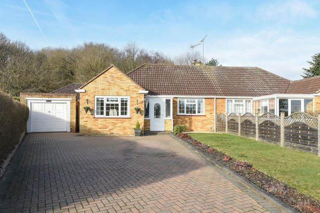 Thumbnail Bungalow for sale in Hillside, Virginia Water