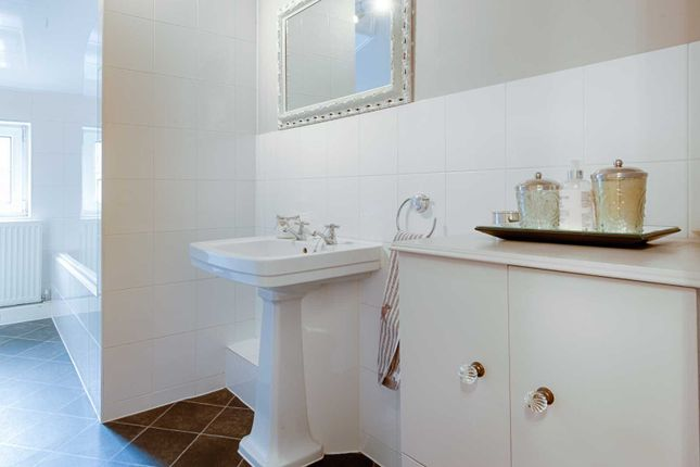 Bathroom of Arden Mews, Stockport Road, Gee Cross SK14