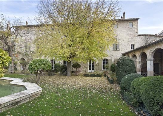 9 bed property for sale in Villeneuve-Lès-Avignon, France
