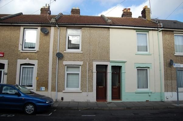 Thumbnail Terraced house to rent in Lincoln Road, Portsmouth, Hampshire