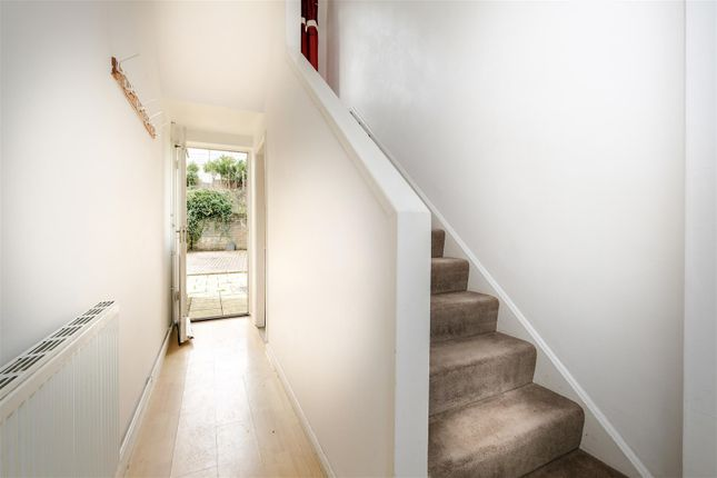 Thumbnail Maisonette to rent in High Street, Weston, Bath