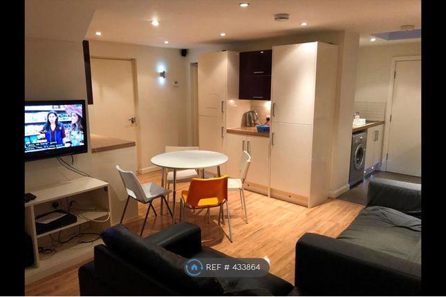 Thumbnail Room to rent in Charnock Street, Preston