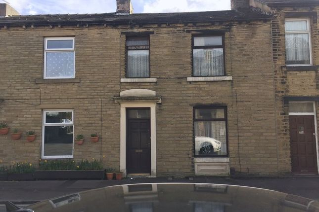 Thumbnail Terraced house to rent in South Street, Paddock, Huddersfield