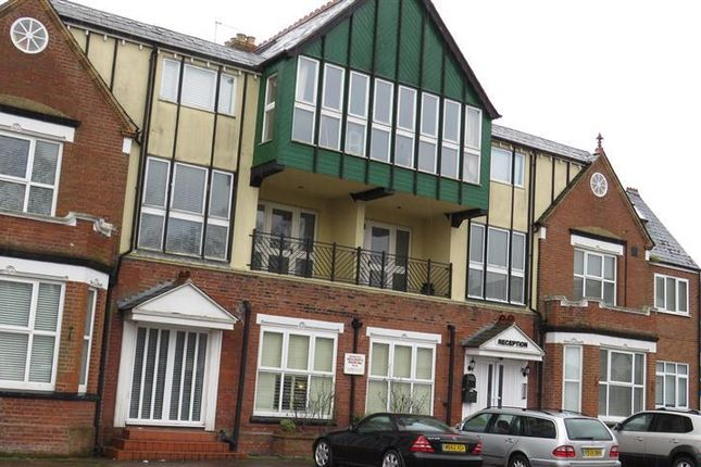 Thumbnail Flat to rent in Norfolk Square, Great Yarmouth