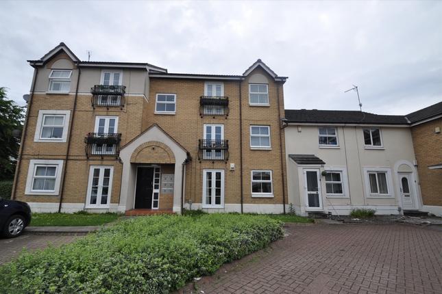 Thumbnail Flat for sale in Darnholme Court Howdale Road, Darnholme, Hull