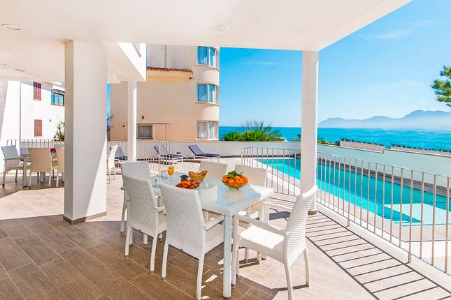 Villa for sale in Colonia Sant Pere - Betlem, Mallorca, Balearic Islands