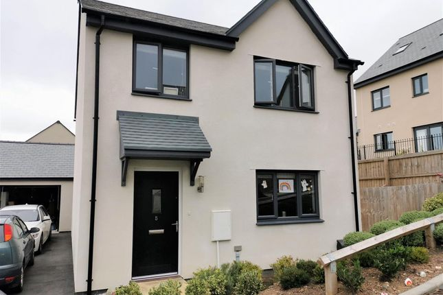 Thumbnail Detached house to rent in Ridgeley Close, Wadebridge