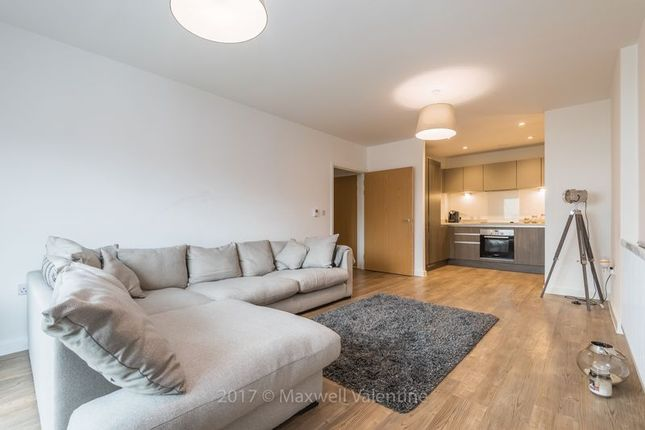 Thumbnail Flat to rent in Ringers Road, Bromley