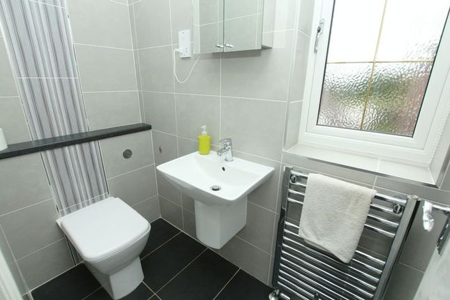 En-Suite of Chapel Lane, Harriseahead, Stoke-On-Trent ST7