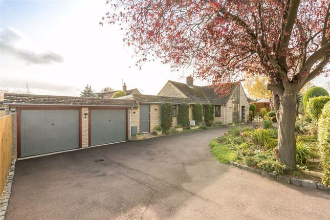Thumbnail Detached bungalow for sale in Farriers Road, Middle Barton, Chipping Norton