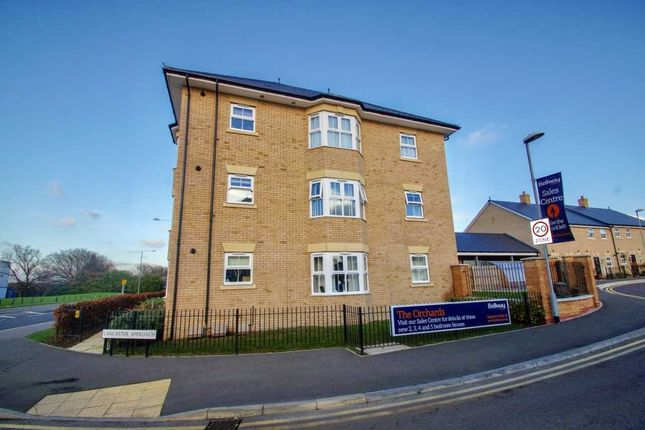 Thumbnail Flat for sale in Lancaster Approach, Colchester