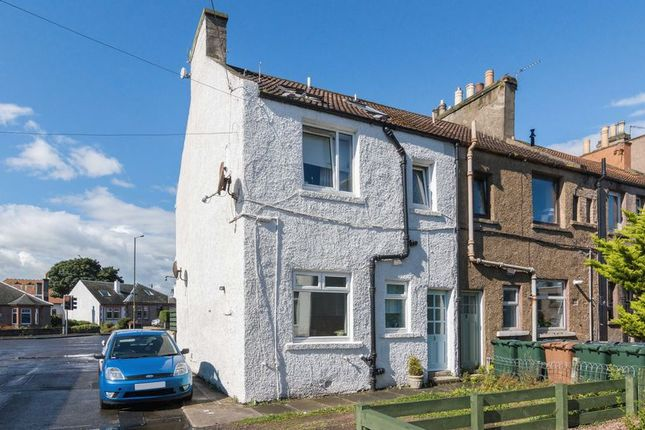Thumbnail Cottage for sale in 1/2 Eastfield Place, Joppa, Edinburgh