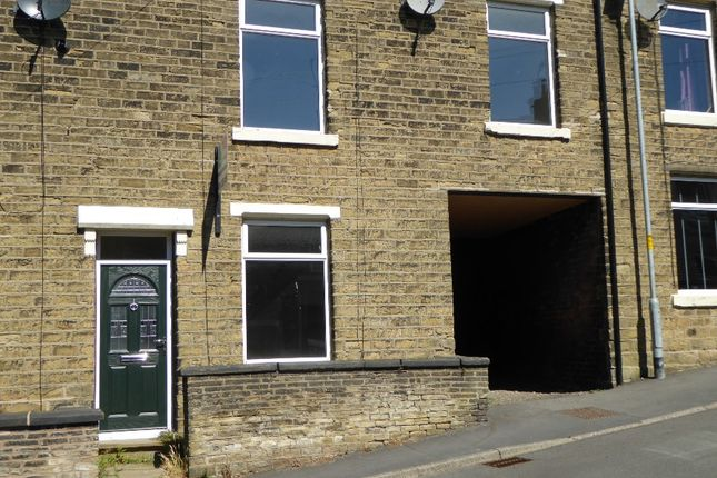 Thumbnail Terraced house to rent in Quickedge Road, Mossley