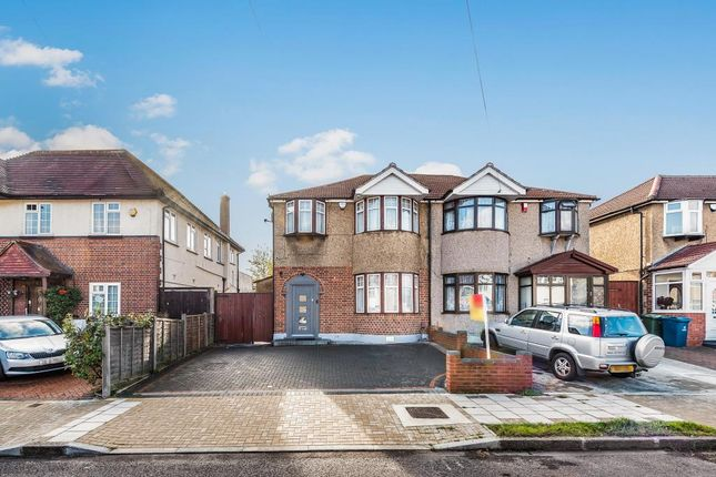 Front of Uppingham Avenue, Stanmore HA7