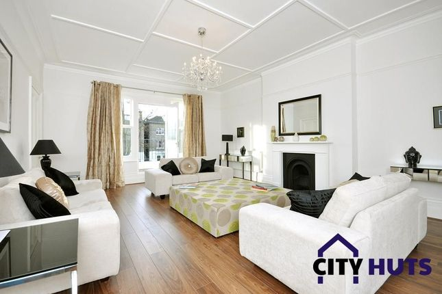 Thumbnail Flat to rent in Belsize Square, London