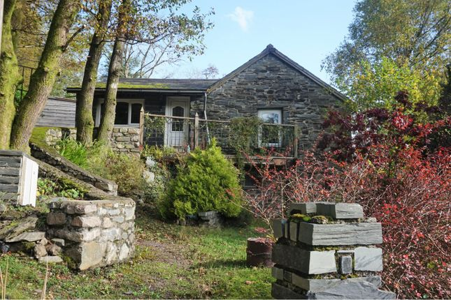 Thumbnail Detached house for sale in Gweithdy, Dolwyddelan