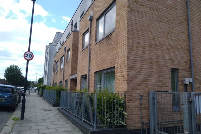 Image 1 of Alice Court, Wood Green, London N22