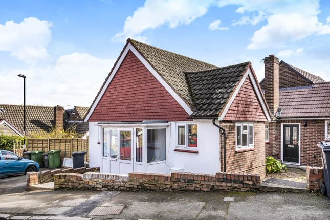 Thumbnail Bungalow for sale in Hassocks Close, London
