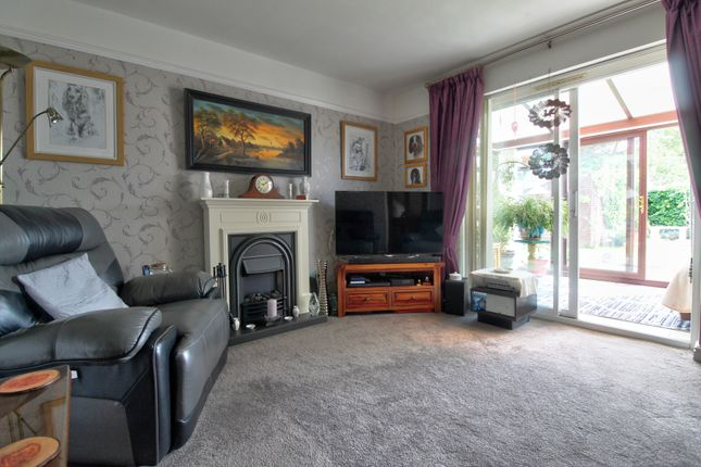 Lounge of Mendip Close, Dudley DY3