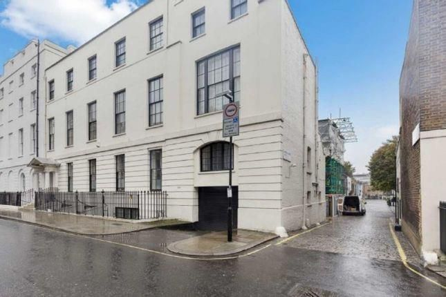 Montagu Mews West, London W1H