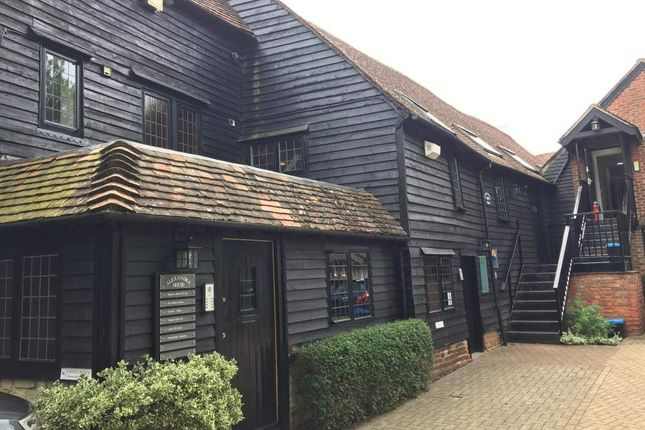 Thumbnail Office to let in The Charlton Suite, Alexandra House, Farnham