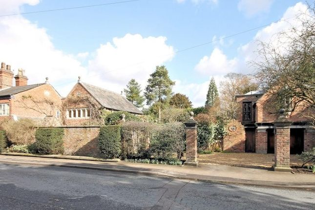 Thumbnail Cottage to rent in Chelford Road, Knutsford