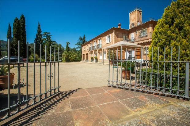 Thumbnail Country house for sale in Alella, Barcelona, Catalonia, Spain