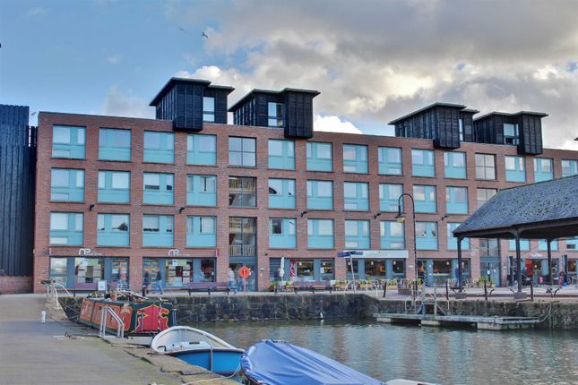 Thumbnail Flat to rent in Barge Arm East, The Docks