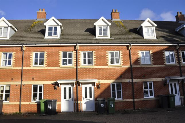 Thumbnail Town house to rent in Greyfriars Road, Exeter