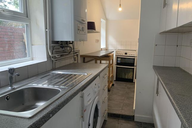 Thumbnail Flat to rent in Cannock Road, Cannock