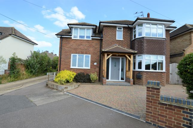Thumbnail Detached house for sale in Marina Drive, Dunstable, Bedfordshire