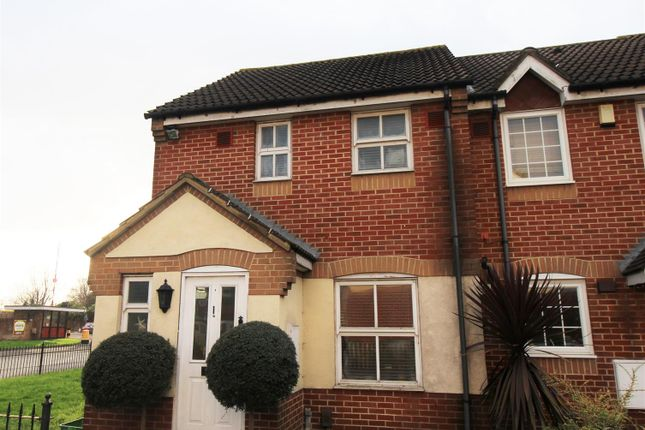 Thumbnail Property to rent in Byron Drive, Erith