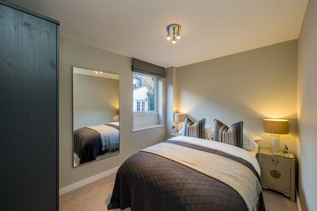 1 bed flat for sale in Bellfield Road, Downley, High Wycombe HP13
