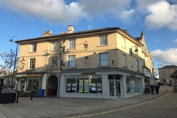 Thumbnail Flat to rent in 71 Market Place, Chippenham