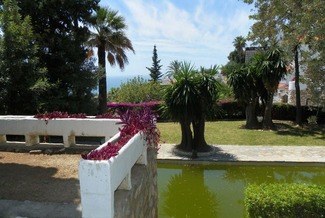 Pool And Garden of Spain, Málaga, Benalmádena, Torremuelle