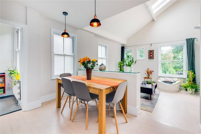 Dining Area of Grantham Road, Chiswick, London W4