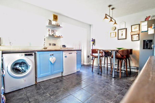 Kitchen/Diner of Wingfield Grove, Middleton, Milton Keynes MK10