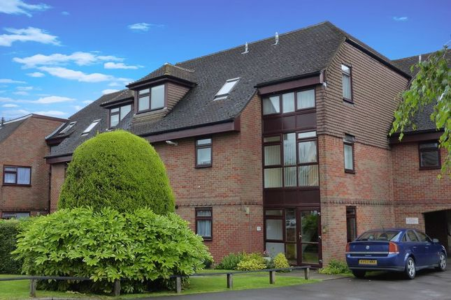 1 bed flat to rent in Dean Street, Marlow SL7