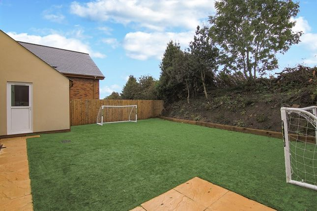 Picture 16 of Valley View, Brynmawr, Ebbw Vale, Gwent NP23