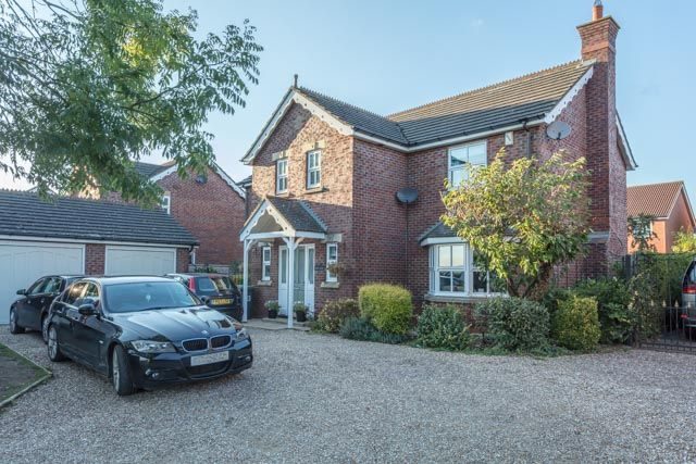Thumbnail Detached house for sale in Town Road, Quarrington, Sleaford
