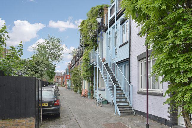Thumbnail Terraced house for sale in Marlborough Yard, London