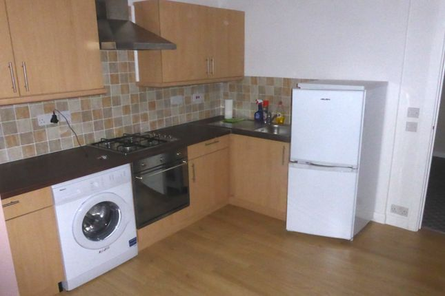 Thumbnail Flat to rent in High Street, Thurnscoe, Rotherham