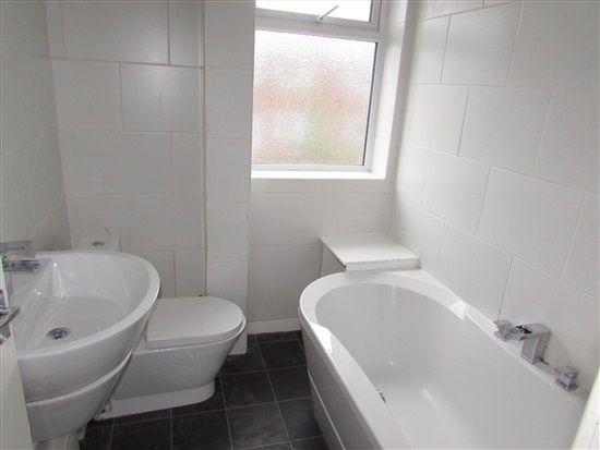 Bathroom of Princess Street, Preston PR5